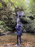 【沖縄・国頭村】自然に囲まれて過ごす贅沢時間|滝を発見!名前はないそうですの画像